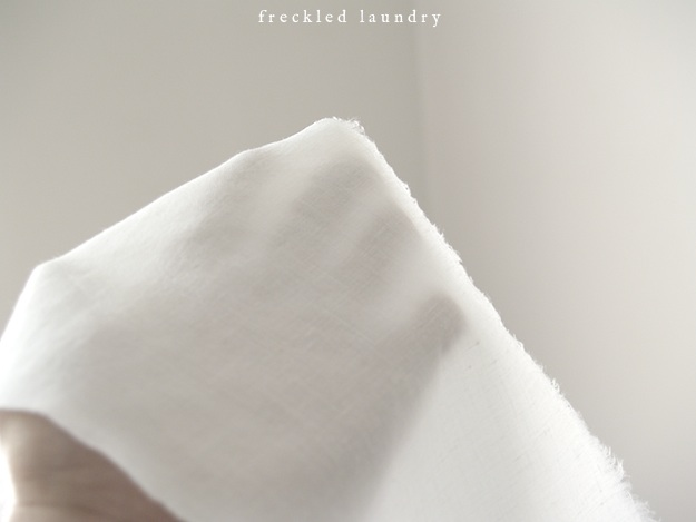 freckled+laundry+how+to+iron+linen+get+wrinkles+out+of+linen+tutorial+AFTER+hand.jpg